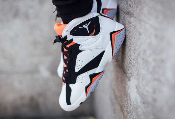 Air Jordan 7 Retro GG Black Hot Lava (1)