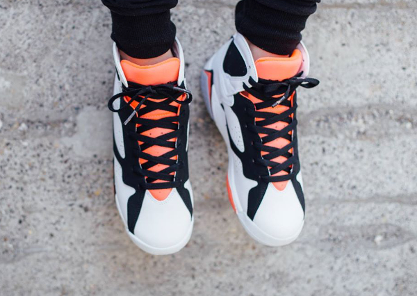 Air Jordan 7 Retro GG Black Hot Lava (2)