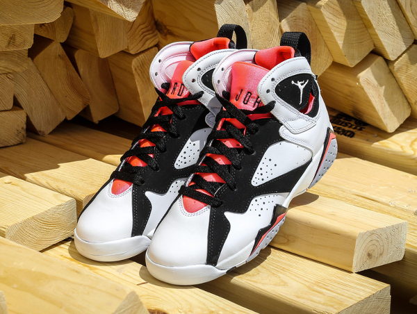 Air Jordan 7 Retro GG Black Hot Lava (4)