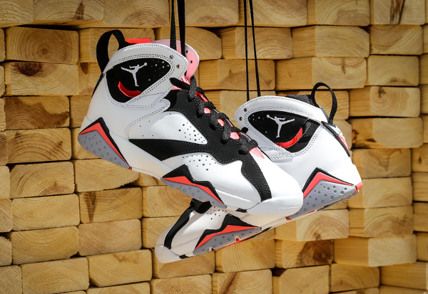 Air Jordan 7 Retro GG Black Hot Lava (9)