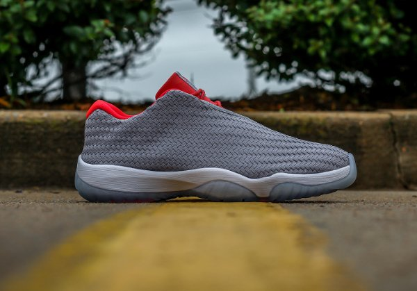 Air Jordan Future Low Wolf Grey (4)