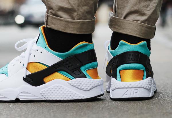 Nike Air Huarache OG 2015 White Sport Turquoise University Gold (5)