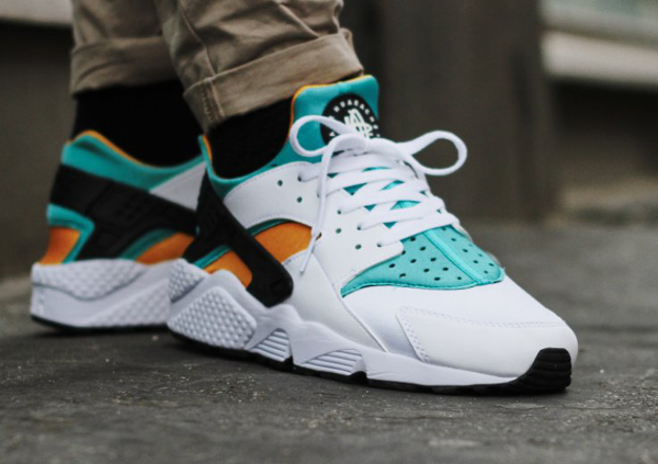 Nike Air Huarache OG 2015 White Sport Turquoise University Gold (6)