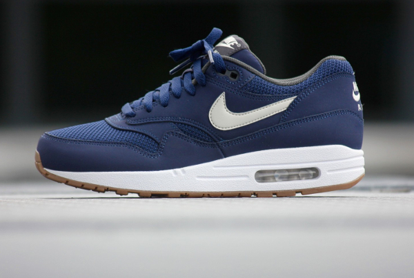 nike air max 1 essential beige light