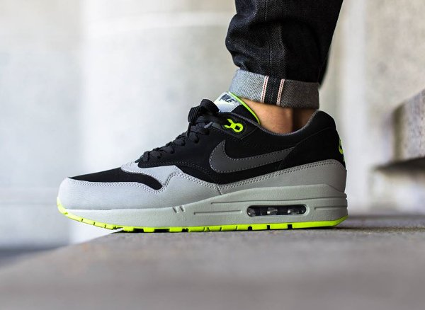 Nike Air Max 1 Leather Black Grey Volt  (1)