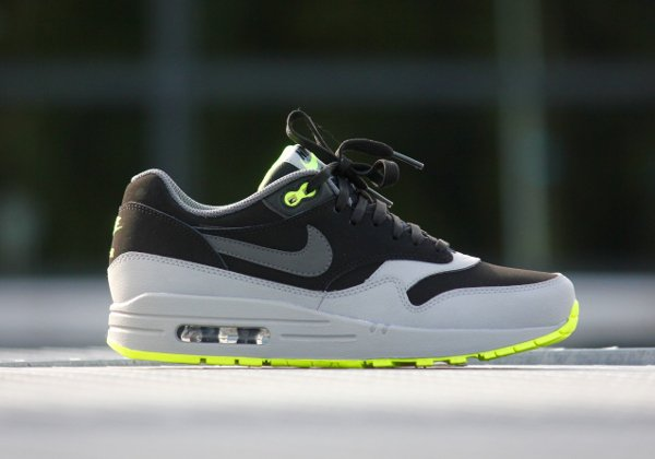Nike Air Max 1 Leather 'Neon'  (1)