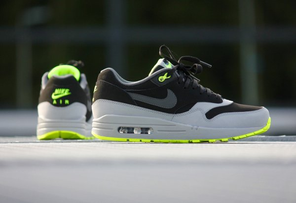 Nike Air Max 1 Leather 'Neon'  (3)