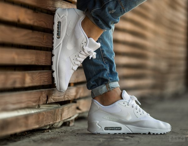 Nike Air Max 90 Hyperfuse ID Triple White