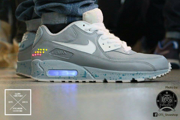 Nike Air Max 90 Nike Mag - Trucks Sneakercustoms (1)
