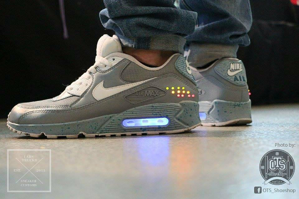 Nike Air Max 90 Nike Mag - Trucks Sneakercustoms