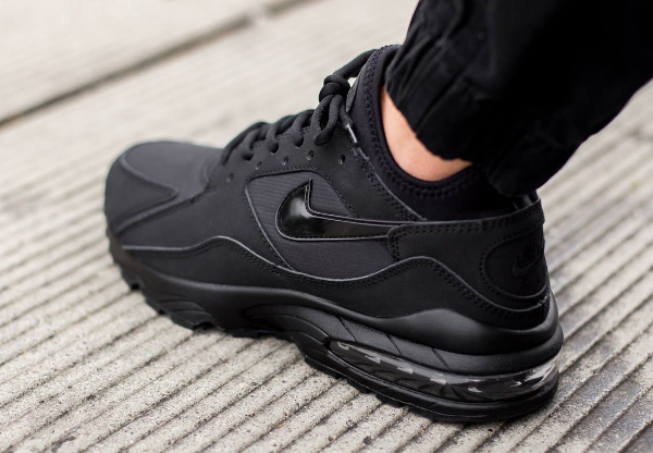 Nike Air Max 93 Black Out (noire) (1)