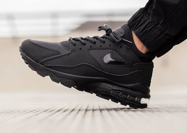 Nike Air Max 93 Black Out (noire) (2)