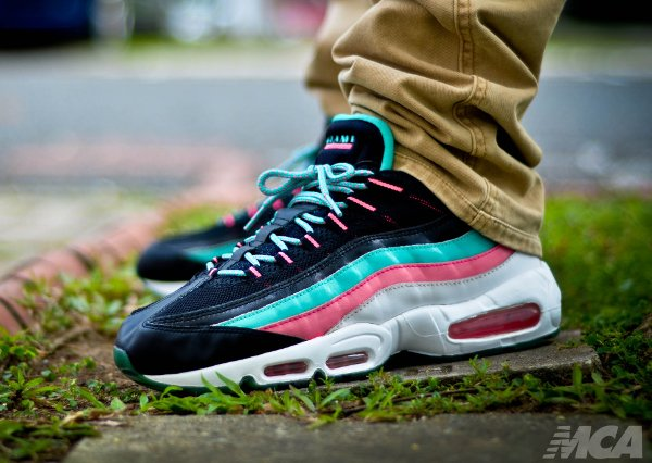 Nike Air Max 95 Miami Vice - Foshizzles (1)