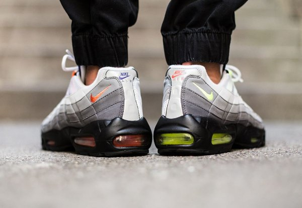 Nike Air Max 95 OG Black Volt-Safety Orange QS (15)
