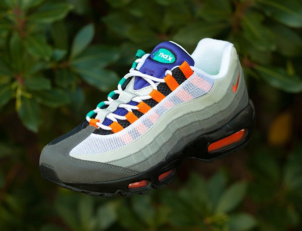 Nike Air Max 95 OG Black Volt-Safety Orange QS (3)