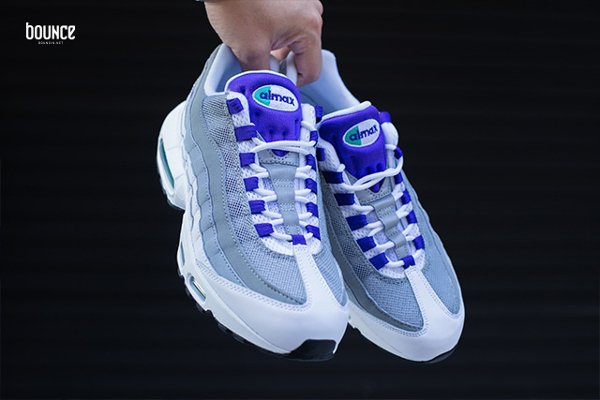 Nike Air Max 95 OG Grape 2015 (1)