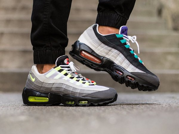 Nike Air Max 95 OG Greedy QS (1)
