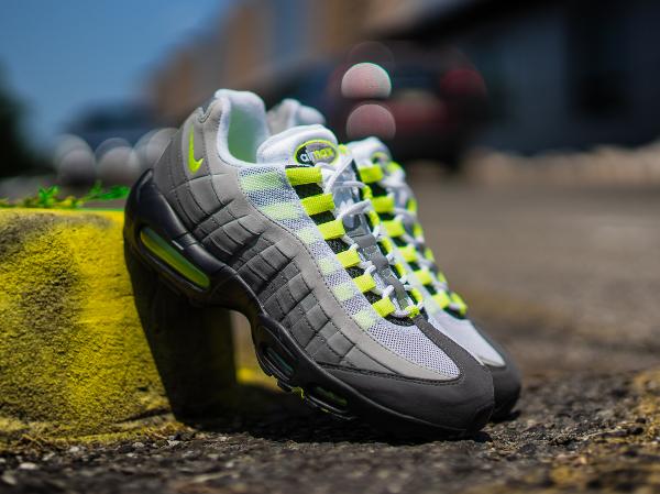 Nike Air Max 95 OG Neon 2015 : où l'acheter ? | Sneakers Actus