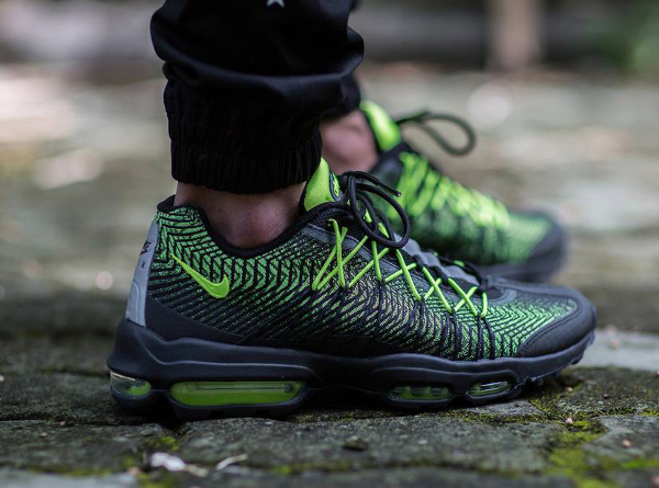 Nike Air Max 95 Ultra JCRD Black Volt (5)