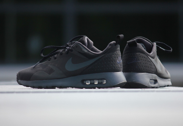 Nike Air Max Tavas Triple Black (3)