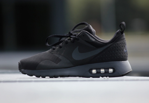 Nike Air Max Tavas Triple Black (4)