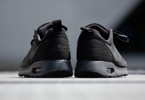 Nike Air Max Tavas Triple Black (6)
