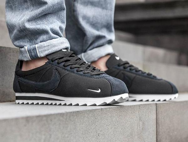 Nike Cortez Shark Noir