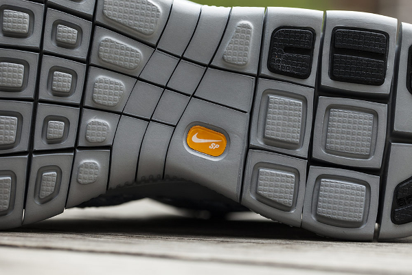 Nike Free Inneva Woven mi montante grise (1)