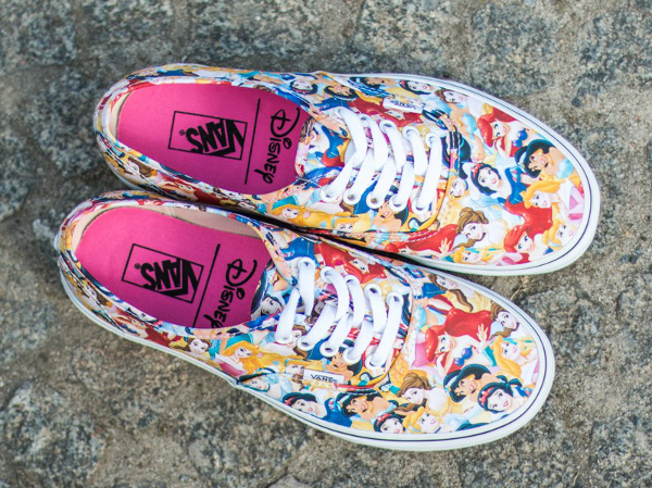 Vans Authentic x Disney Young At Heart Disney (5)