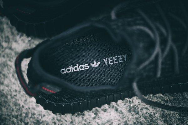 Adidas Yeezy Boost 350 Black par Kanye West (6)