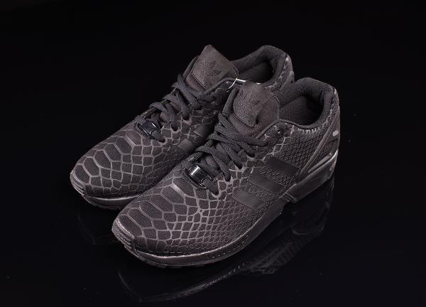 adidas zx flux black