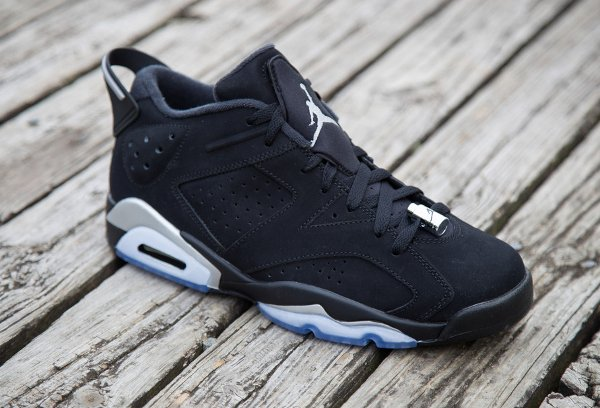 Air Jordan 6 Retro Low Black Metallic Silver (1)