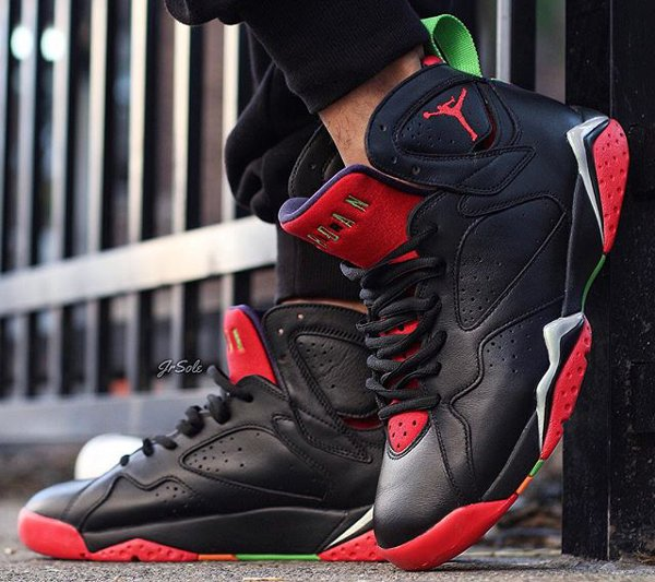 Air Jordan 7 Marvin The Martian (1)