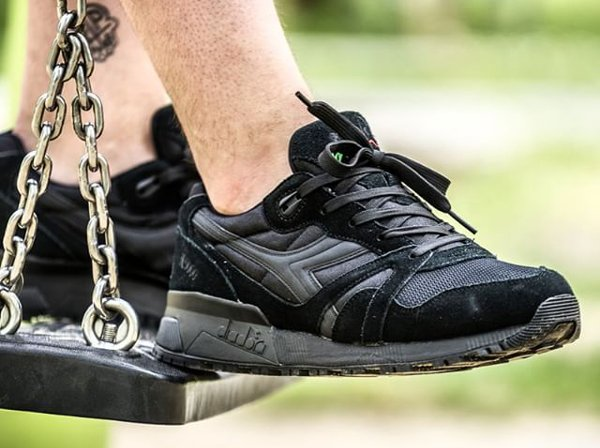 Diadora N9000 Nylon Black