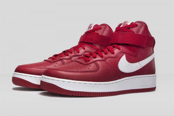 Nike Air Force 1 High Retro Nai Ke