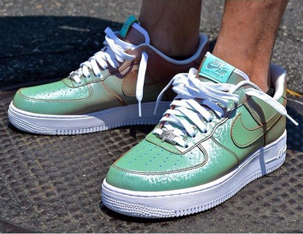 Nike Air Force 1 Low '07 LV8 Lady Liberty QS (1)