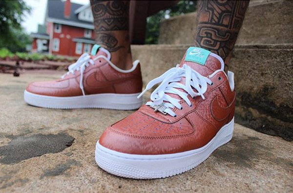 Nike Air Force 1 Low '07 LV8 Lady Liberty QS (2)