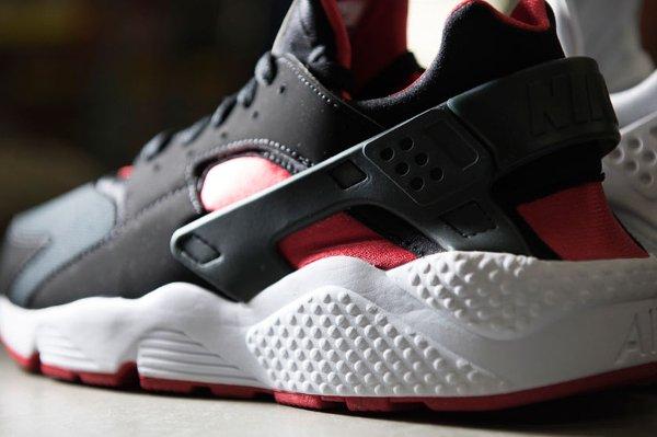 Nike Air Huarache Black University Red  (4)