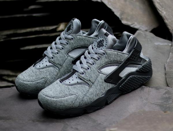 sports shoes 437fe 2e303 Nike Air Huarache Fleece TP Tech Pack. Nike Air Huarache Cool Grey Black ...