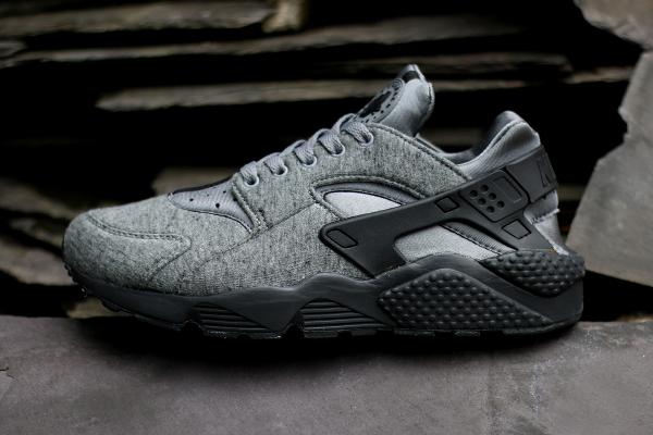 release date: b7797 afb80 Nike Roshe Run NM Fleece TP Tech Pack