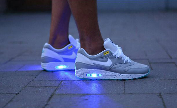 Nike Air Max 1 Id Marty Mcfly Sneakers Actus