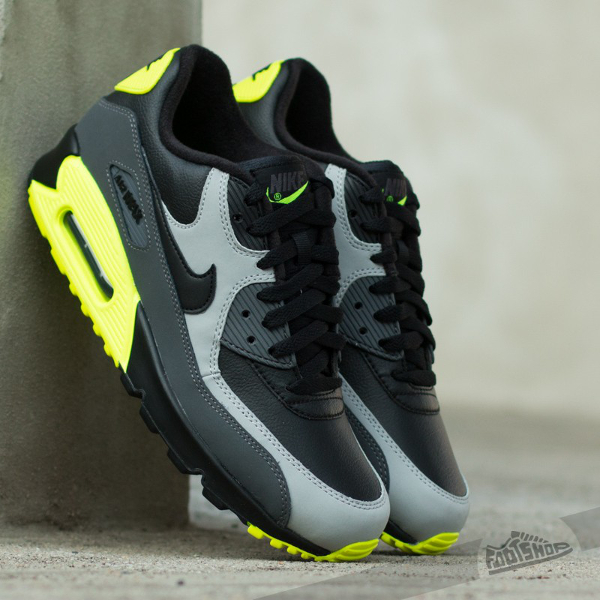 Nike Air Max 90 Leather Neon | Sneakers actus