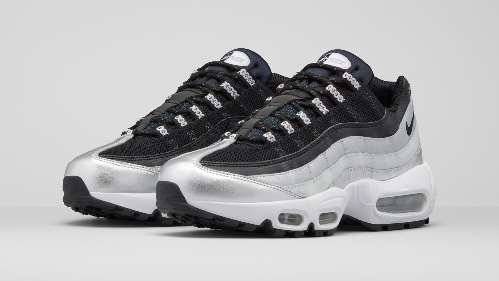 Nike Air Max 95 Pure & Metallic Platinum Quickstrike