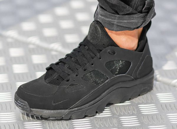 Nike Air Trainer Huarache Low Triple Black (1)