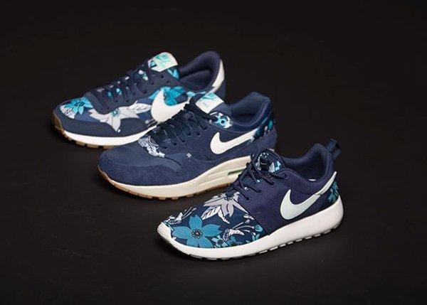 Nike Aloha Floral Midnight Navy