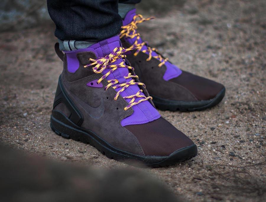 Nike Koth Ultra Mid Gravity Purple (pitch laser orange)