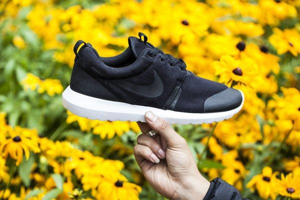 Nike Roshe Run NM TP Fleece Black