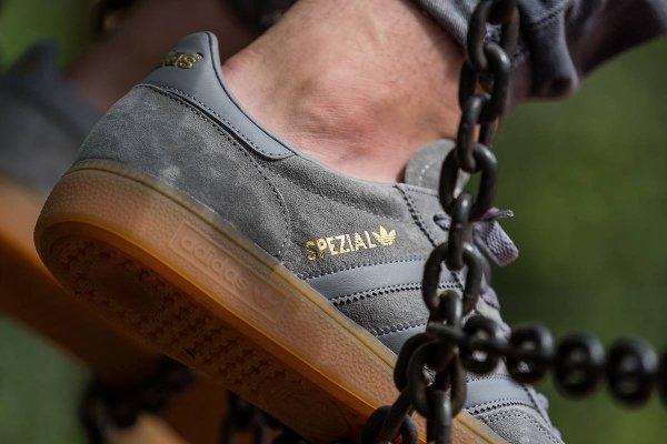 Adidas Spezial Suede Grey & Red Gum | Sneakers actus