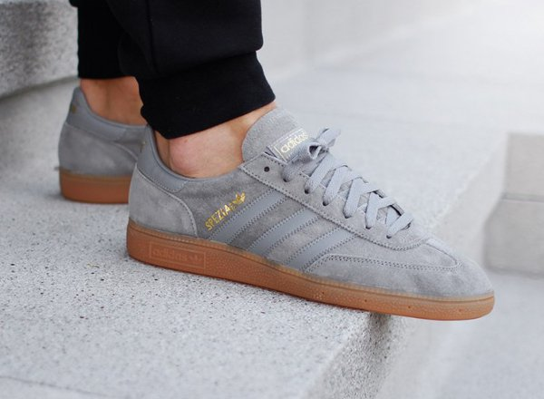 Adidas Spezial en daim gris
