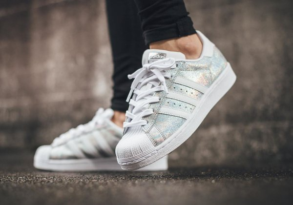 Adidas Superstar W Iridescent (1)